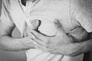 Schmerzen in der Herzgegend - manchmal harmlos, aber nicht immer
